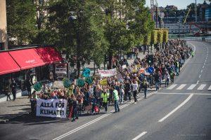 Täten av demonstrationen med frontrunner:n ALLA FÖR KLIMATET på väg. Klimatstrejk 27 september 2019.